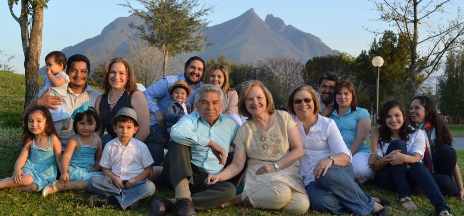 Virtor and Ruth MTZ Family